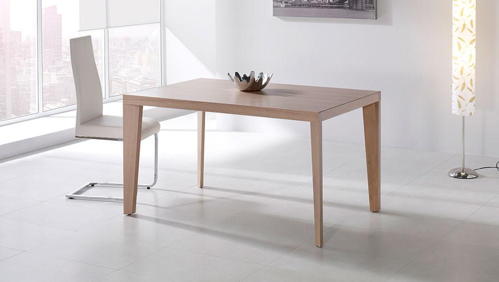 Mesa de comedor 282 muebles zhar for Mesas cuadradas modernas para comedor