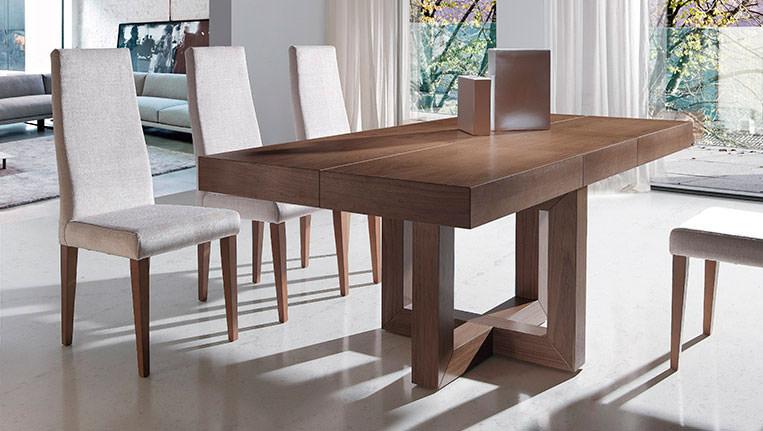 Mesa de comedor 293 0 muebles zhar for Sillas de comedor modernas cromadas