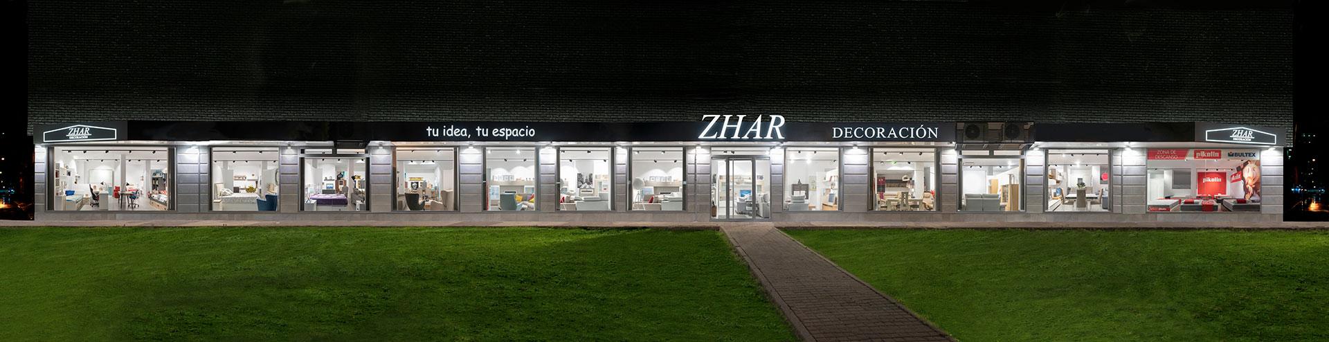 fachad tienda de muebles zhar